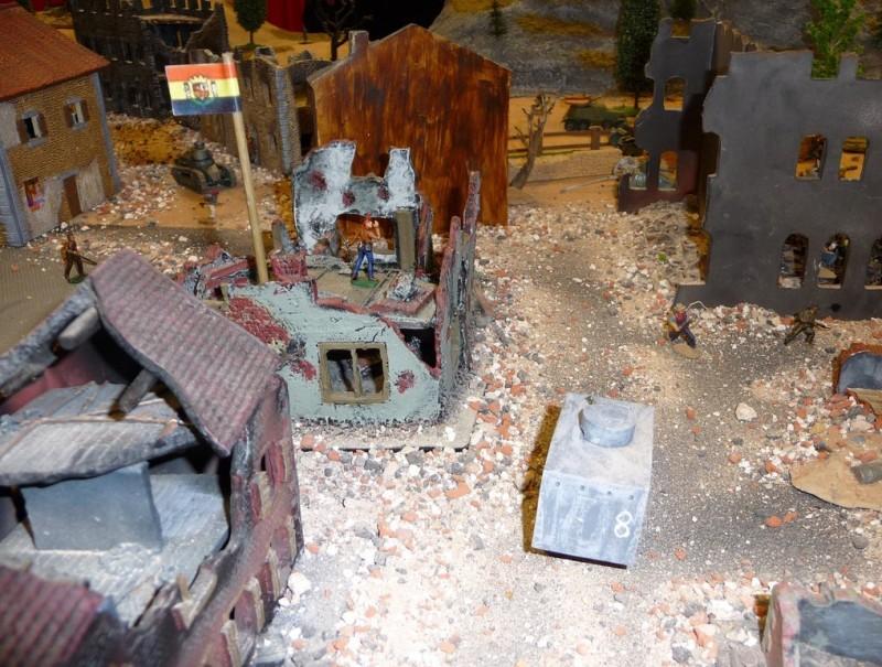 Exposició de miniatures organitzada per Falcata. Estampa de la guerra del 36 ESCORCOLL