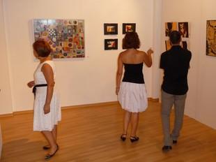 Exposició col·lectiva d'art a la Sala Rafael Calduch de Villar. /  ESCORCOLL