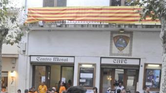 Gentada a Arenys de Munt, diumenge passat. EFE