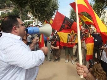 Concentració de Falange Española de las Jons el dia de la consulta a Arenys de Munt. ORIOL DURAN