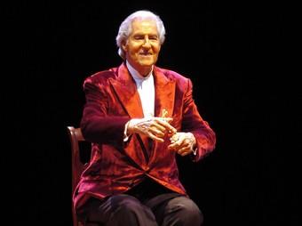 De Udaeta, en un recital de comiat a Terrassa, el 2004.  O.D