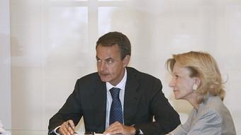 María Teresa Fernández de la Vega, José Luis Rodríguez Zapatero i Elena Salgado, en una reunió el passat dia 1.  EFE