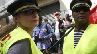 Manifestació de treballadors de la Poste. EFE