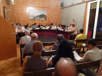 Una imatge de la sessió plenària a l'Ajuntament.  J.G.N