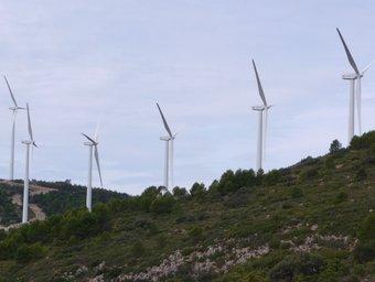 Bateria d'aerogeneradors existents al terme de Figueroles de Domenyo. ESCORCOLL