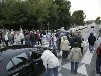 Imatge de la manifestació del 4 d'octubre de 2008, en què es va tallar l'antiga N-340. /  TJERK VAN DER MEULEN
