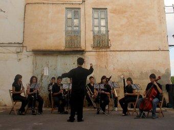 Imatge d'un altre passeig musical realitzat en edicions anteriors. ARXIU