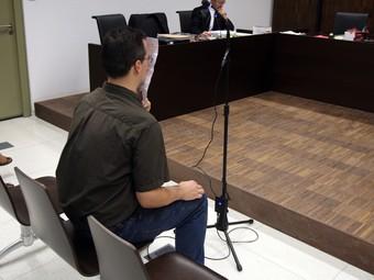 L'acusat, Marc Lanao, ahir al jutjat./  ORIOL DURAN