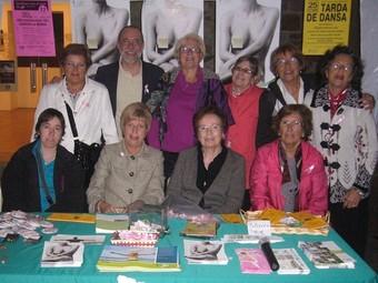 Voluntàries de l'Associació Catalunya contra el càncer de Sant Celoni.  AJUNTAMENT DE SANT CELONI
