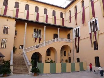 Interior del pati del Palau Ducal dels Borja. /  ESCORCOLL