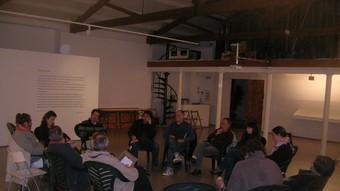 La Coordinadora Santpolenca pel Dret a Decidir, durant la reunió de dimarts passat.