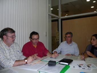 D'esquerra a dreta, Ezequiel Castellano, Vicente Cortés, Rafa Gil i Glòria Navarro. /  ESCORCOLL