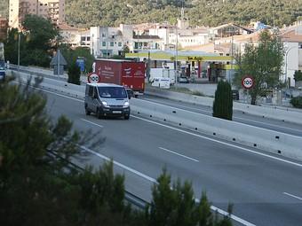 Una imatge d'arxiu de l'autopista AP-7 a la Jonquera.  MANEL LLADÓ