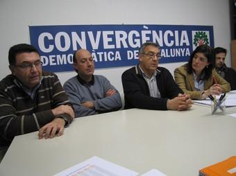 Alguns dels alcaldes dels municipis afectats.  A. ESTALLO