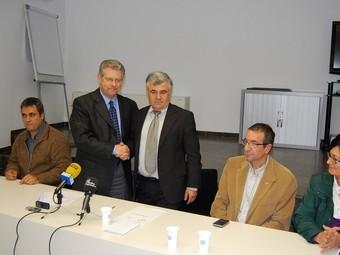 Els representants de l'esdeveniment van signar ahir l'acord. C.G