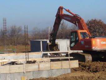 Obres de l'estació depuradora d'aigües residuals urbanes de Parlavà /  A.V