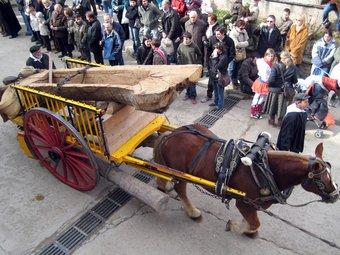 La cercavila de cavalls i carruatges és un dels actes més esperats de la Festa de la Candelera de Perafita.