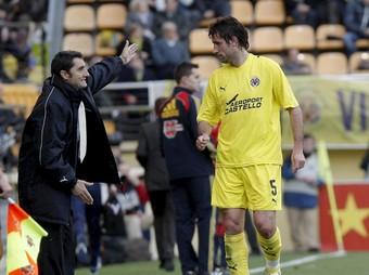 Valverde, en el seu darrer partit al Vila-real.  EFE