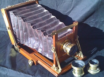 Càmera de la col·lecció que Joaquim Vázquez exposa sobre fotografia. /  CEDIDA