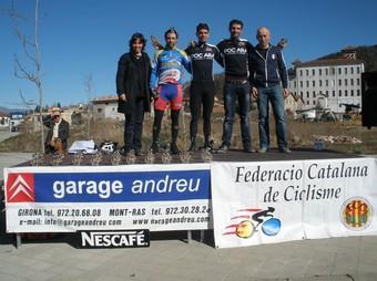 Imatge del podi de vencedors de la cursa d'Olot, del circuit d0hivern.