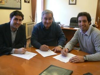 Signatura de diversos acords amb entitats esportives. /  CEDIDA