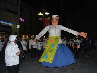 La geganta de la Cuina Vella de Vilanova i la Geltrú. L.M. / ORIOL DURAN