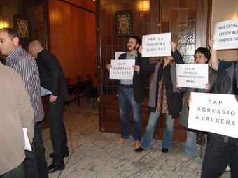 Protesta de Salvem l'Empordà contra els parcs eòlics a l'Albera. JOSEP PUIGBERT
