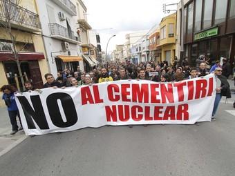 Una imatge de la manifestació de Móra d'Ebre contra la candidatura d'Ascó a l'MTC. D.B