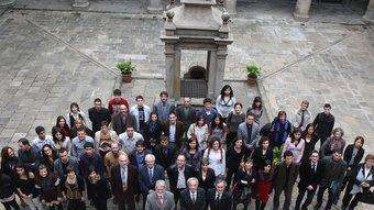 Una imatge de família dels premiats, ahir, a Barcelona. /  ORIOL DURAN