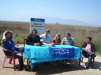 Els organitzadors de la trobada, a l'Encanyissada.  A.P
