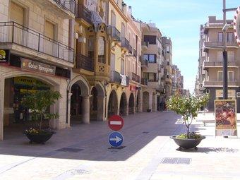 L'Ajuntament ha convertit en zona de vianants la plaça de l'Església i part del carrer Major, un projecte que continuarà amb la llei de barris.  L.M