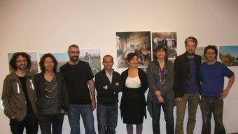 Els artistes, amb la directora del Bòlit i la tinent d'alcalde de Cultura, Lluïsa Faxedas. X.C