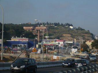 Els treballs de la rotonda s'estan fent a un costat i l'altre de la carretera N-II.  E.F
