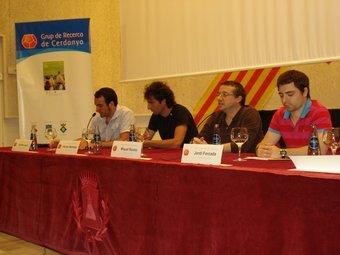 Els participants a la xerrada. EL PUNT