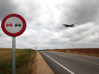 La millora de la carretera entre Aiguaviva i l'aeroport ha sigut una de les obres més importants.  LLUÍS SERRAT