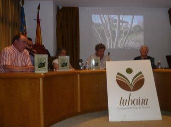 Acte de presentació del llibre de Xulella a la Sala de Sessions Municipal. /  ESCORCOLL