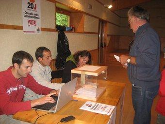Un detall de la votació a Guils de Cerdanya. J.C.