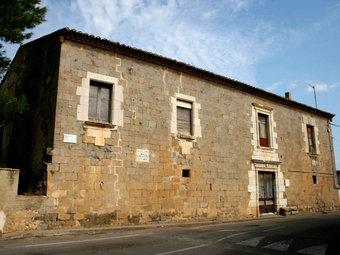 La façana de la casa de la reina Sibil·la. /  JESÚS CANO / ELSENYORDELSBERTINS.BLOGSPOT.COM