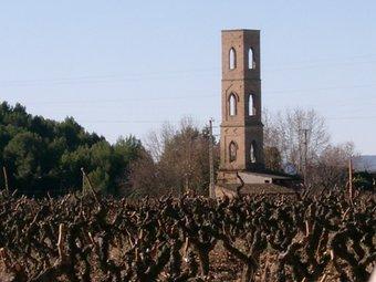 Imatge de la Torre de les Aigües a Pacs del Penedès. Durant molts anys aquesta torre va proveir Vilafranca d'aigua. / Patronat de Turisme