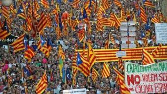 La manifestació del 10-J va reunir un milió i mig de persones JUANMA RAMOS