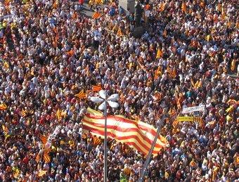 Una de les imatges de la històrica manifestació a Barcelona del 10-J.  EL PUNT