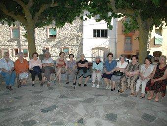 Participants en la campanya d'entrevistes orals a Vilanova de Prades. EL PUNT