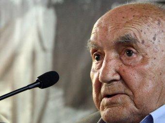 Víctor Torres, germà del poeta lleidatà, en l'homenatge d'ahir a la Universitat Catalana d'Estiu. G. SÁNCHEZ / ACN