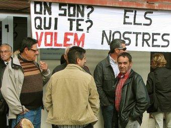 Una de les protestes dels veïns d'Almenar reclamant els deus diners D.MARÍN