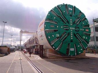 Una de les tuneladores de les obres del TGV a Catalunya. Les infraestructures són claus pel país.  DAVID BRUGUÉ