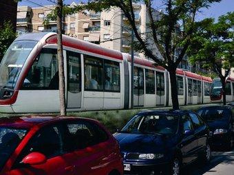 Una imatge virtual del pas del futur tramvia pel tram entre els termes de Cambrils i Salou. EL PUNT
