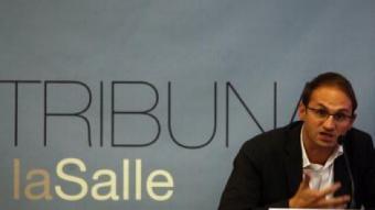 El secretari general d'Iniciativa durant la conferència d'ahir organitzada per La Salle, l'Avui i El Punt ORIOL DURAN