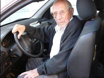 Joan Fàbregas Serra encara condueix cotxe amb 94 anys TURA SOLER