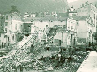 Inundacions a Els Banys d'Arles, després dels aiguats de l'any 1940. L'INDEPENDANT