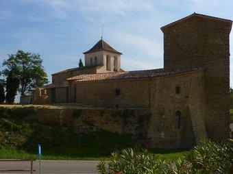 El castell de Palol de Revardit , futura seu d'un centre d'interpretació i del qual restauraran les muralles. R. E